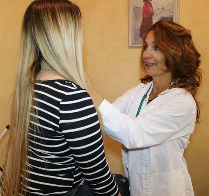 Deborah Maragopoulos FNP with patient